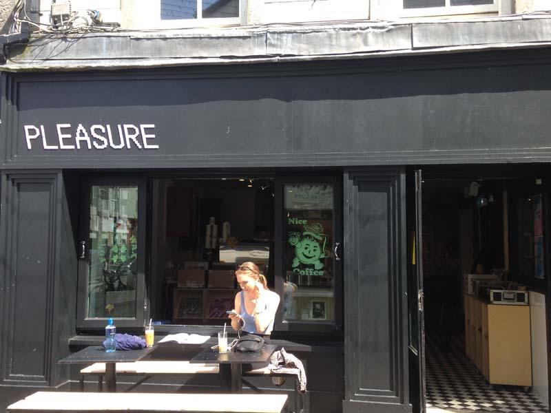 Pleasure – coffee and records