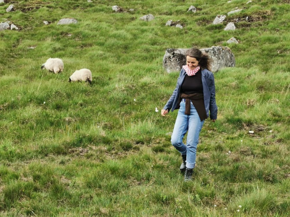 Summer dress of Connemara – a tale and photographs