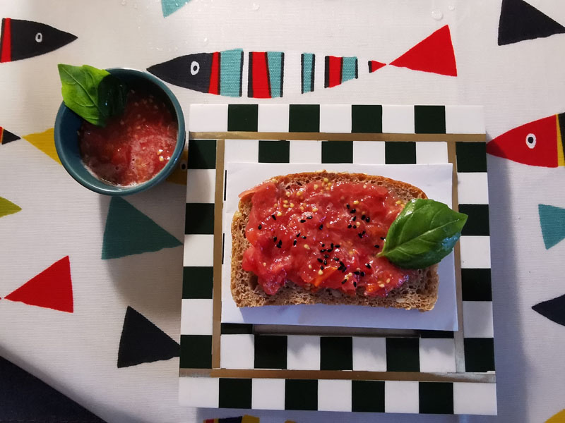 Spanish breakfast – Pan con tomate